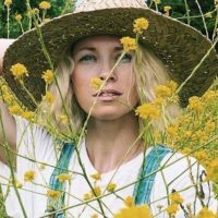 "Brooke White Talks New Album ""Calico"" Coming Out 10/4!"