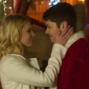"Damian McGinty + Heather Morris Star in ""Santa Fake"""